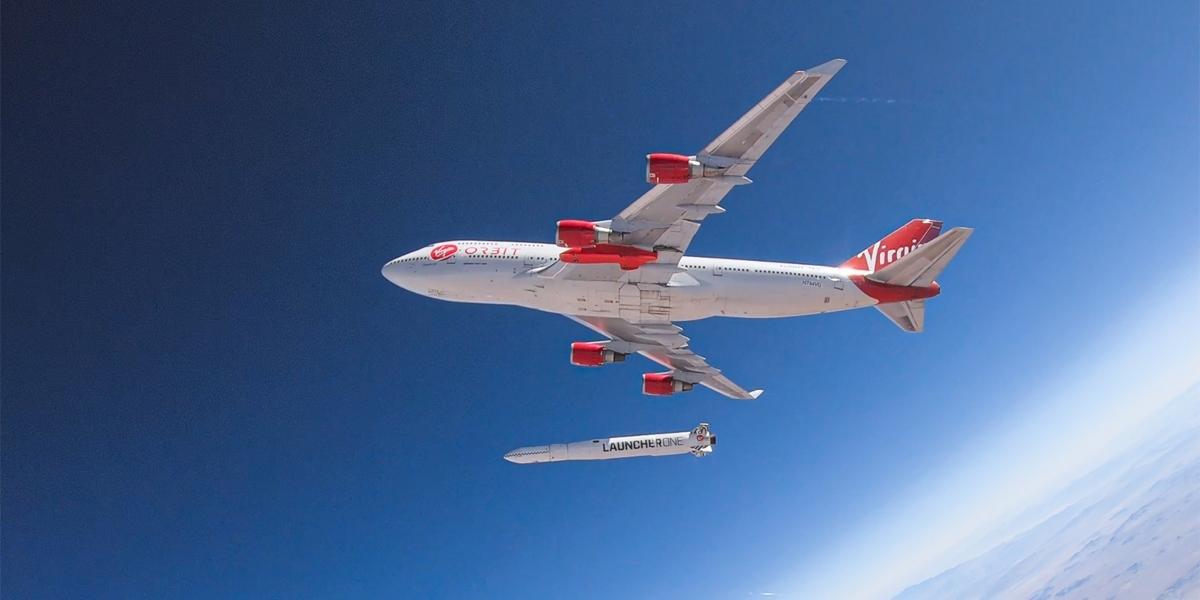Virgin Orbit plane and rocket