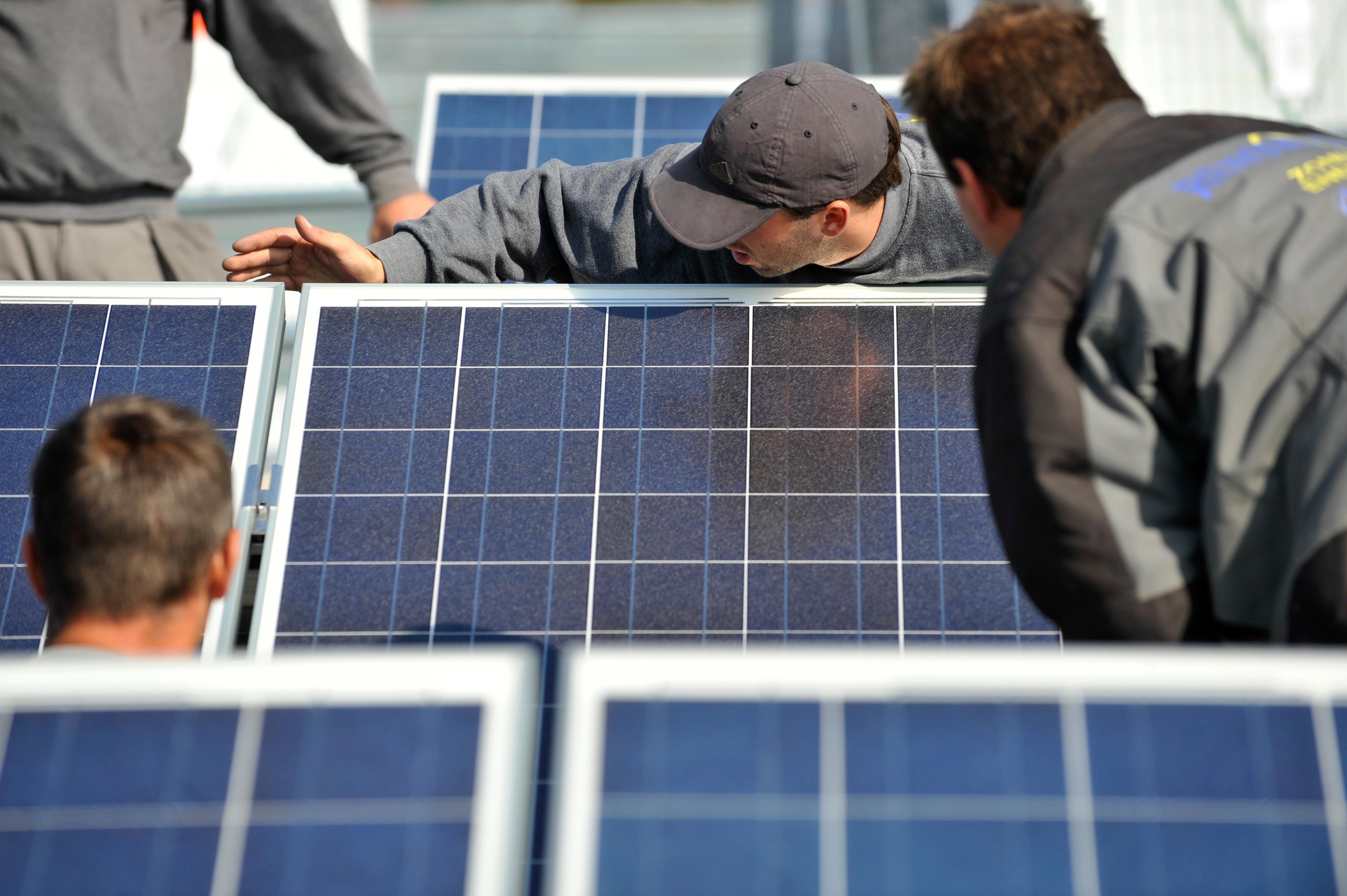 uploads///First Solar stock