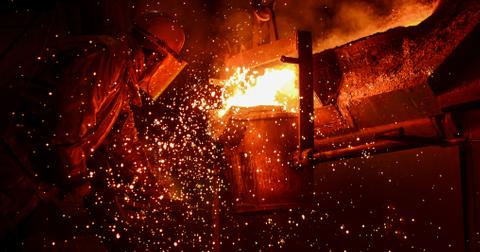 uploads/2020/01/CLF-stock-US-steel.jpeg