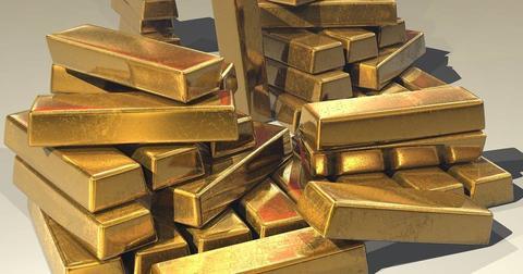 uploads/2018/07/gold-ingots-golden-treasure.jpg