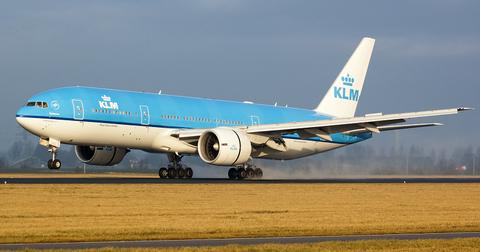 uploads/2019/09/Boeing-777-300ER.png