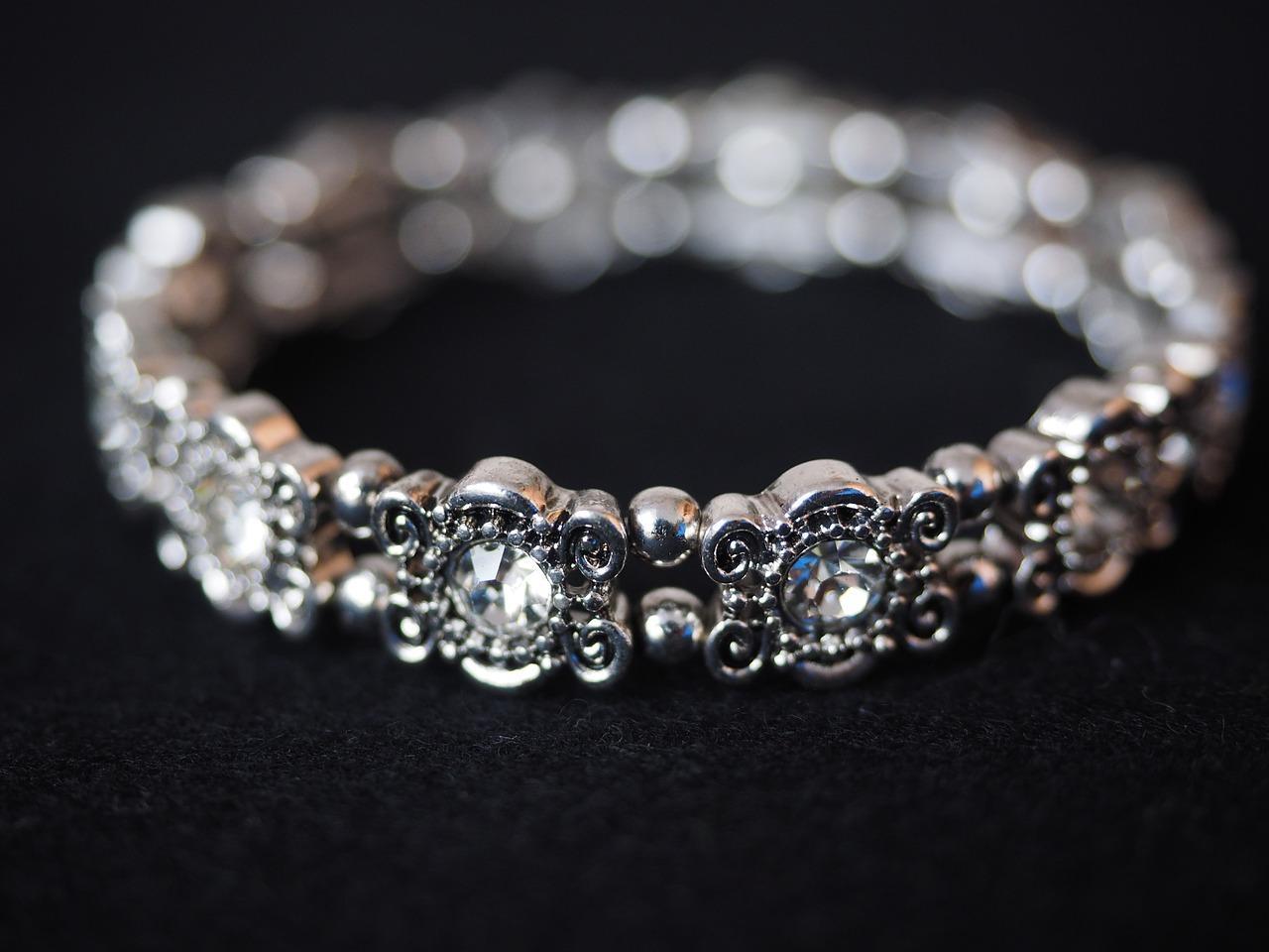 uploads///bracelet _