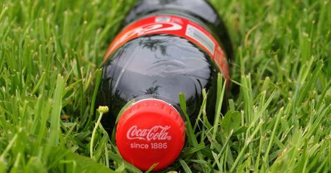 uploads/2018/10/coca-cola-1449843_1280.jpg