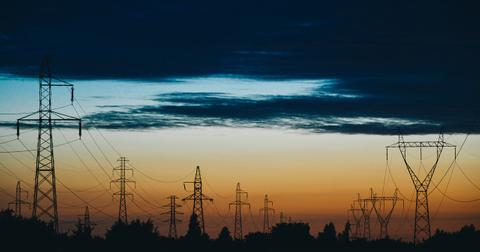 uploads/2019/04/power-lines-823622_1280.jpg