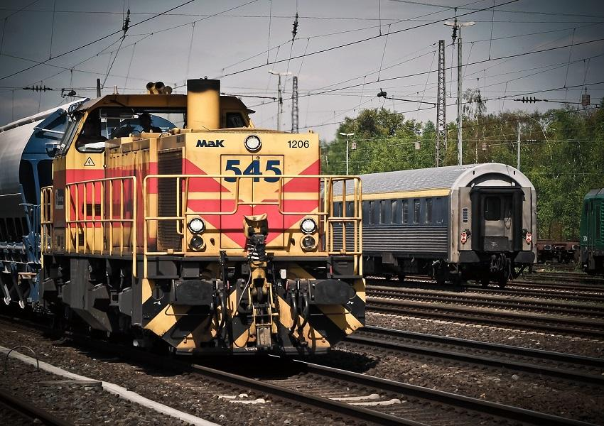 uploads///locomotive _