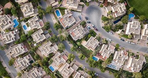 uploads/2019/07/aerial-aerial-shot-architecture-1642125.jpg