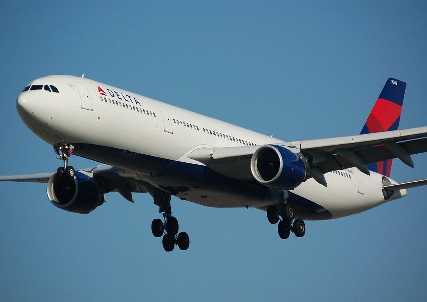 uploads///airplane _
