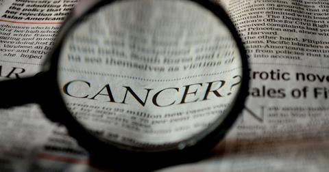 uploads/2018/12/cancer-389921_1280.jpg