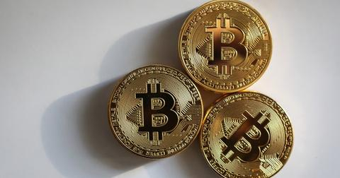 bitcoin-price-predictions-1607005623482.jpg