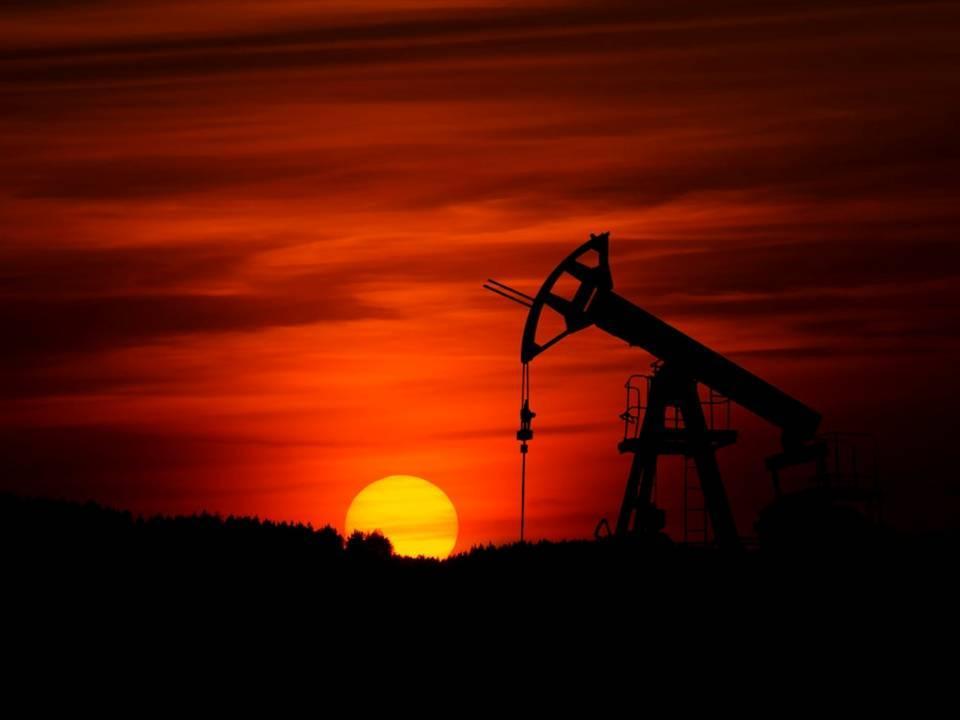 uploads///oil sunset crude oil pic