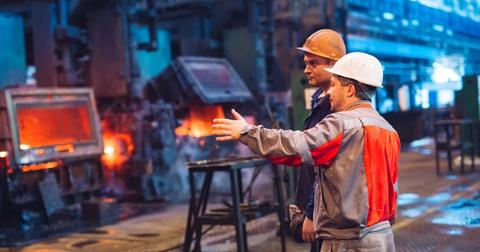 uploads/2019/11/CLF-versus-U.S.-Steel-stock.jpeg