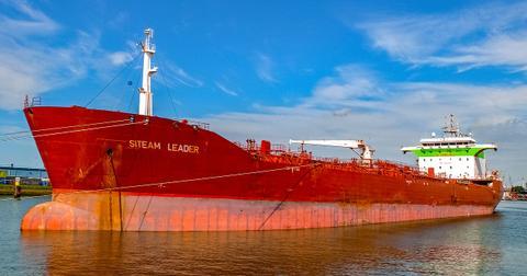 uploads/2018/02/vessel-2650590_1280.jpg