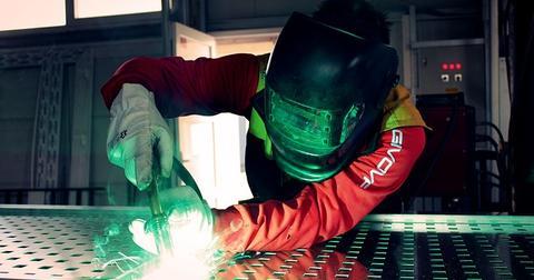 uploads/2019/06/welding-2178127_640.jpg
