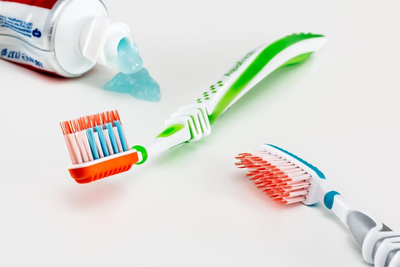 uploads///toothbrush _