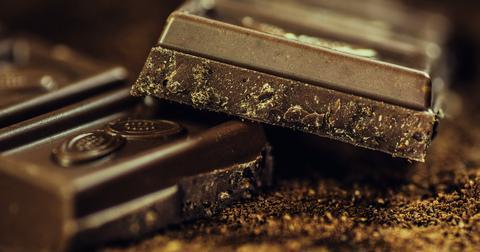 uploads/2019/06/chocolate-183543_1280.jpg
