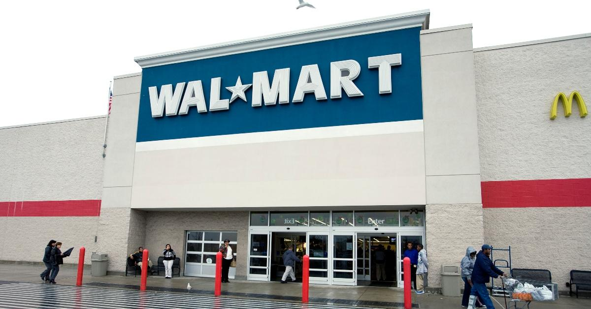 Does Walmart Cash Stimulus Checks And Is There A Fee