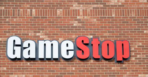GameStop Investor Wants to Take On Amazon