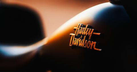 uploads/2019/01/harley-davidson-1905281_1280.jpg