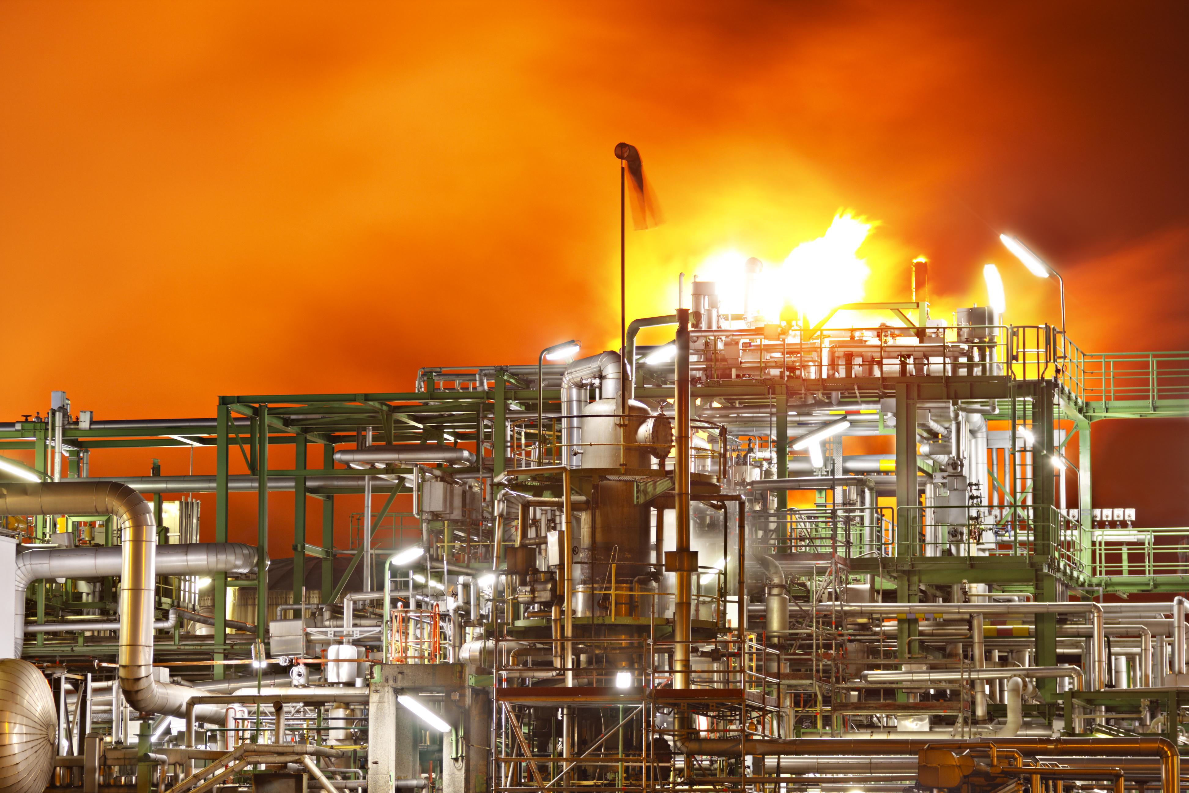 uploads///Saudi Aramco Fire crude oil