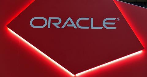 uploads/2020/01/Oracle-Google.jpeg