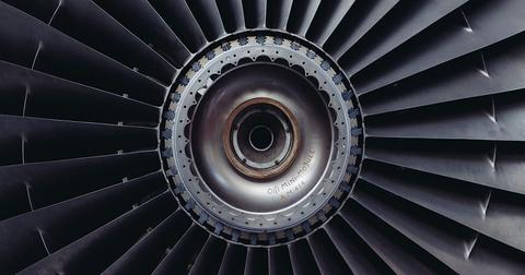 uploads/2019/01/jet-engine-371412_1280.jpg