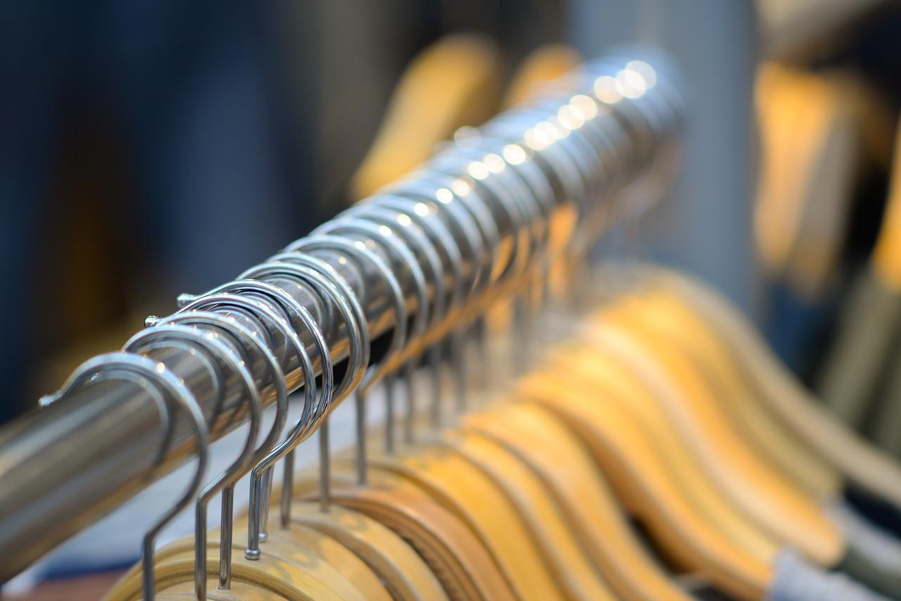 uploads///coat hangers _
