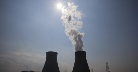 uploads/2018/04/nuclear-power-plant-70893_1280.jpg