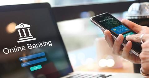 uploads/2019/09/mobile-banking.jpg