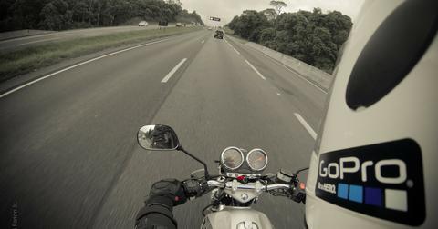 uploads/2019/05/motorcycle-345028_1920.jpg