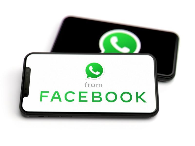 uploads///Facebook WhatsApp