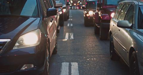 uploads/2019/06/cars-congestion-street-7674.jpg