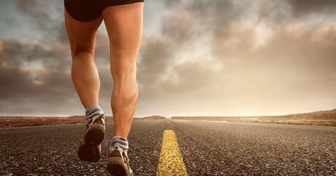 uploads/2019/05/jogging-2343558_1280.jpg