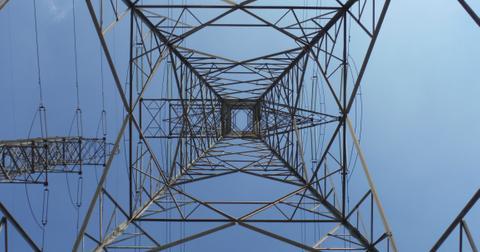 uploads/2019/11/electric-electricity-high-voltage-line-317264.jpg