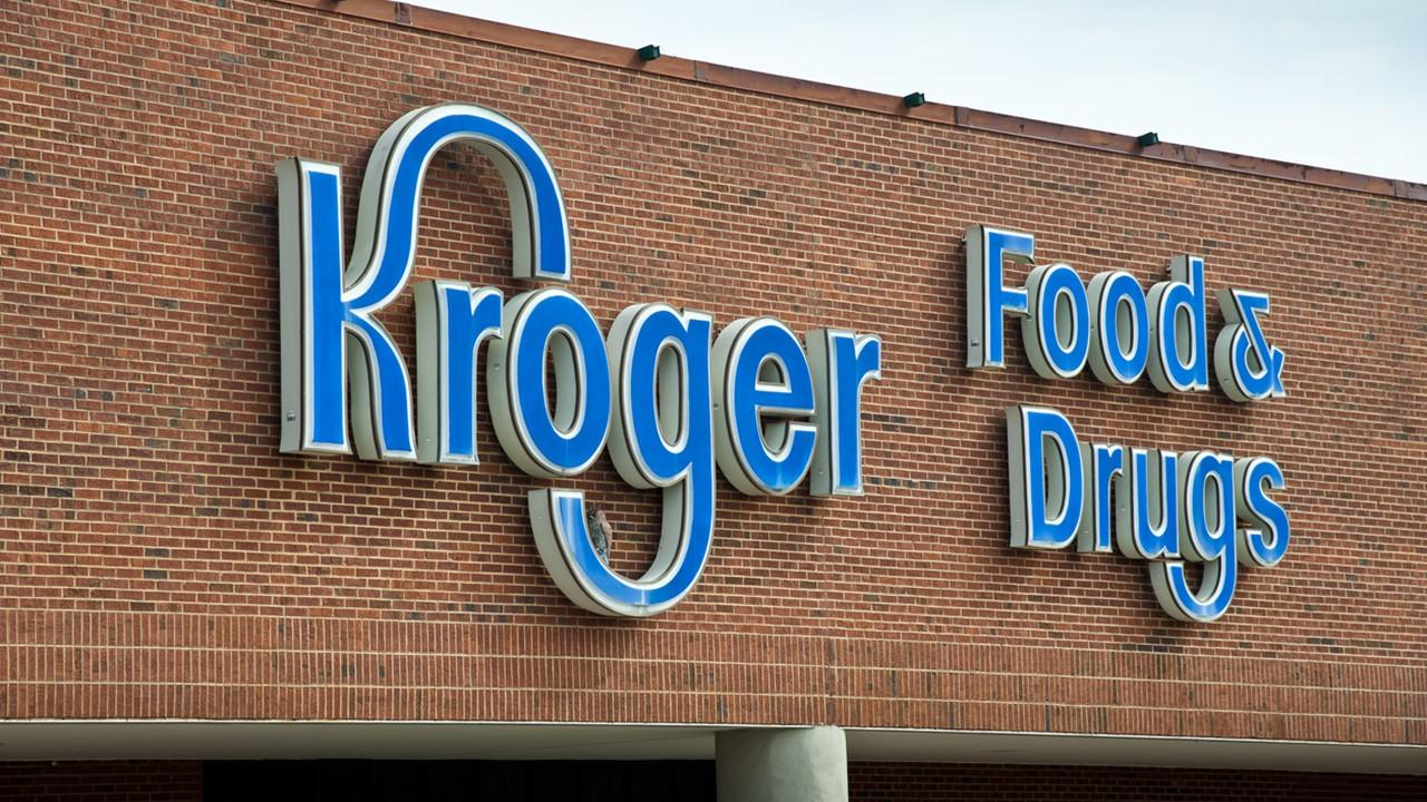 is kroger stock a buy