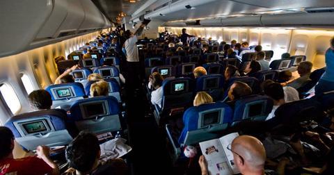 british_airways_747-400_world_traveller_cabin-1610722759636.jpg
