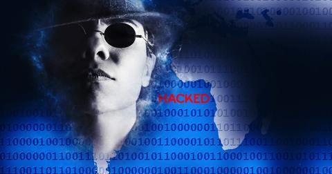 uploads/2018/08/hacker-1881694_1920.jpg
