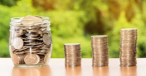 Investing in Stocks With Dividends