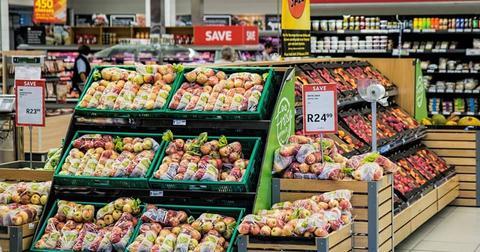 uploads/2018/02/shopping-supermarket-merchandising-1232944.jpg