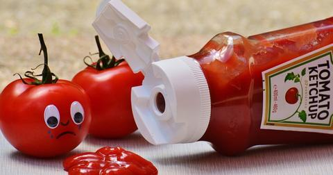 uploads/2019/02/tomatoes-ketchup-sad-food-veggie.jpg