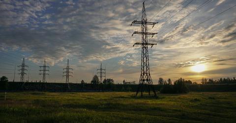 uploads/2018/08/sunset-3521239_1280.jpg