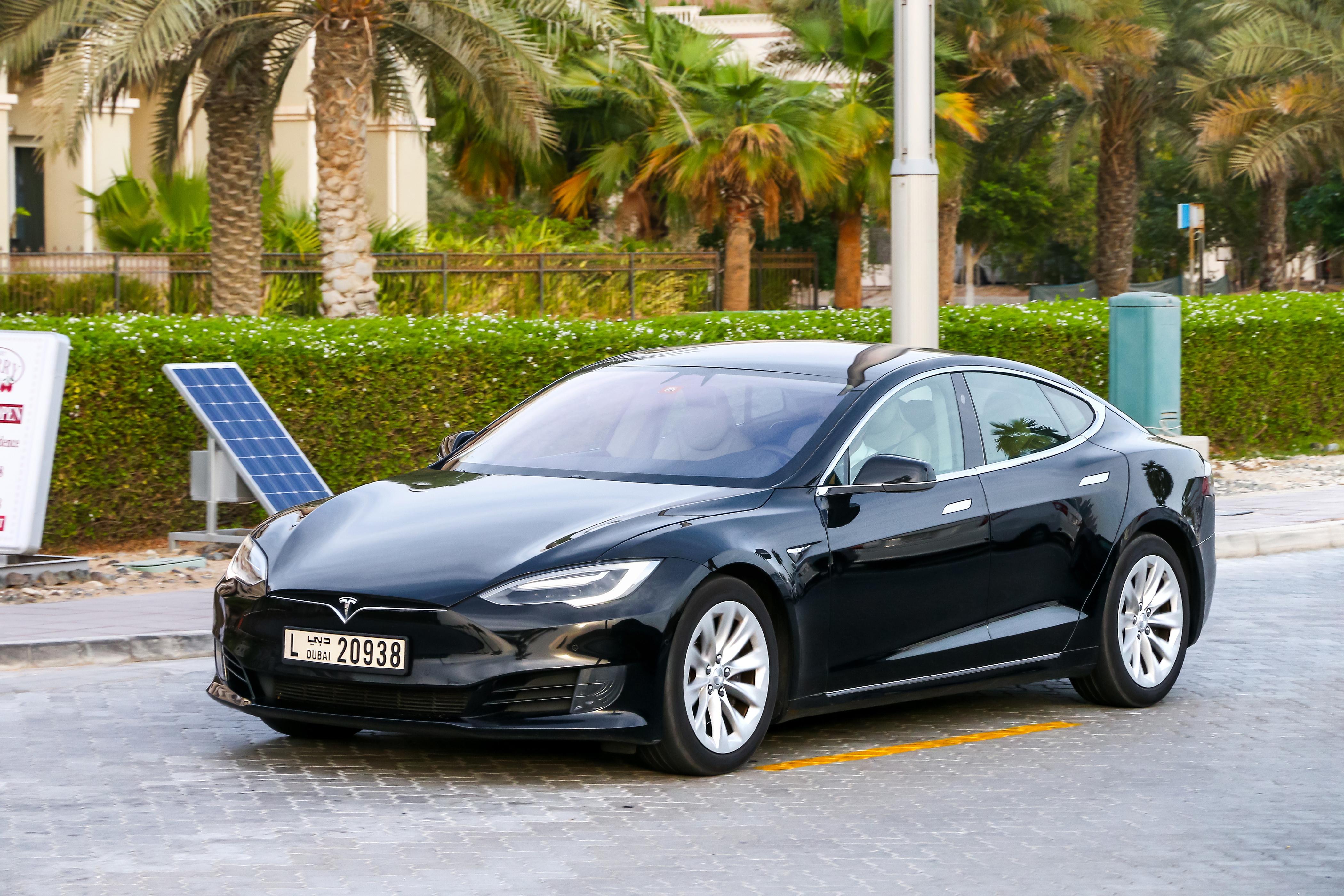 uploads///Tesla Federal tax credit