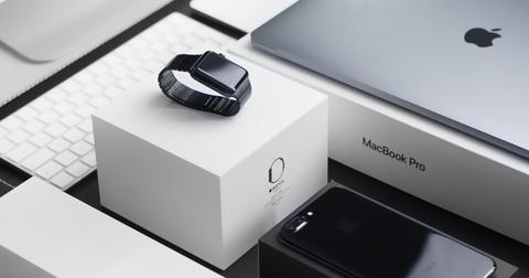 uploads/2019/09/apple-sales.jpg