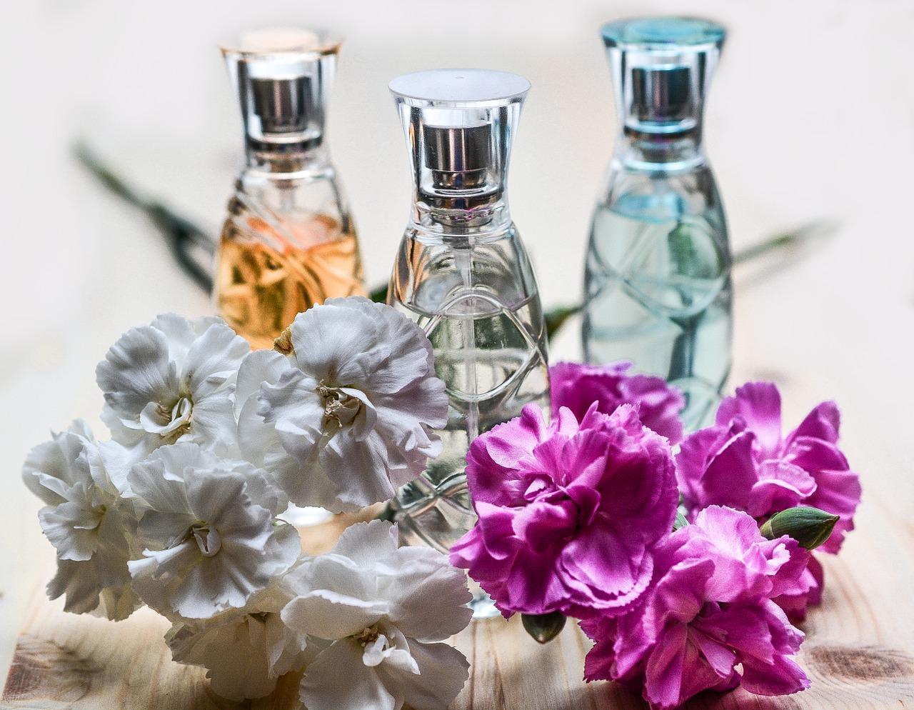 uploads///perfume _